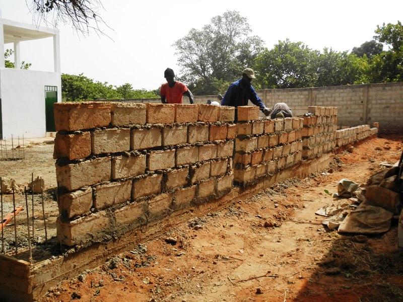 Obras en la escuela taller de Biombo