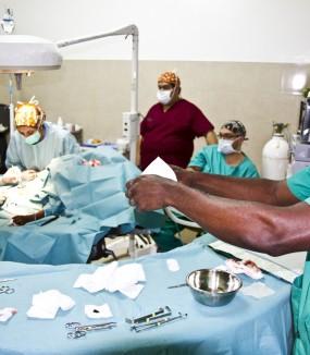 Expediciones de cirujanos a Guinea Bissau